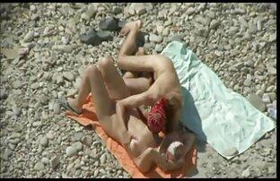 Ren Mizumori quer esperma nas Mamas porno gratis praia Enormes depois de um broche.